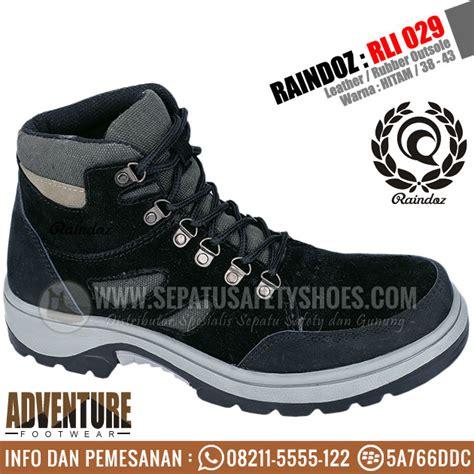 Sepatu Raindoz Rri 001 sepatu gunung raindoz toko sepatu safety safety shoes