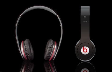Beats By Dre Giveaway - giveaway beats by dr dre solo hd headphones closed cool material