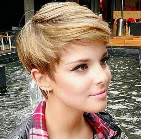 i want to see pixie hair cuts and styles for women over 60 best 25 pixie cuts ideas on pinterest