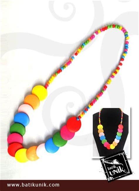 Kalung Kayu kalung etnik kayu warna pelangi kalung etnik murah