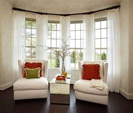 How To Decorate Windows With Curtains Best 25 Bay Window Treatments Ideas On Pinterest Bay