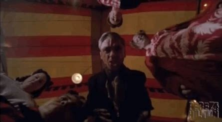 american horror story freak show season finale recap the freaks shall inherit the earth did your favorite survive the american horror story season finale get your freak show recap