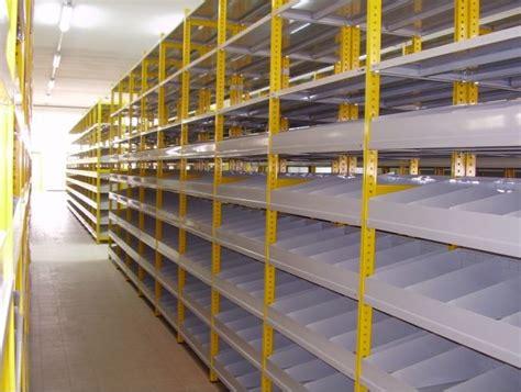scaffali metallici componibili scaffali ad incastro e componibili scaffali componibili