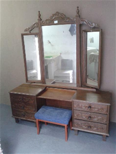banqueta usado rj olx penteadeira antiga c espelho de cristal em mar 237 lia sp