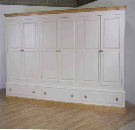 Large Bedroom Wardrobes Large Bedroom Wardrobes 28 Images Large Wardrobes