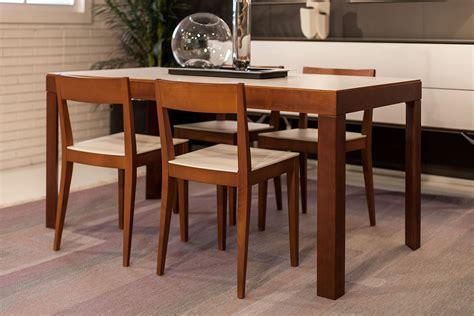 sedie ciliegio tavolo angolo retto sedie quadra legno ciliegio