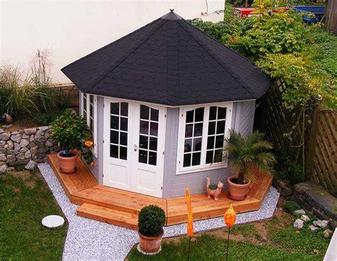 Dachpappe Mit Ziegeloptik by Die Richtige Dacheindeckung F 252 R Ein Gartenhaus W 228 Hlen