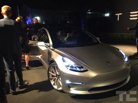 Tesla Canada Price Canadian Tesla Model 3 Pricing Tba 1 000 Deposits Reach