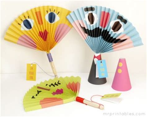 How To Make A Paper Fan That Works - paper fans an easy project for classrooms or groups