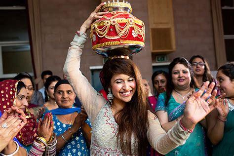 strange  quirky wedding rituals practised   india
