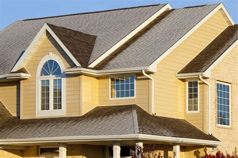 houses with vinyl siding benefits and problems of using insulated vinyl siding