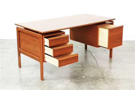 Danish Modern Floating Top Executive Teak Desk Vintage Modern Floating Desk