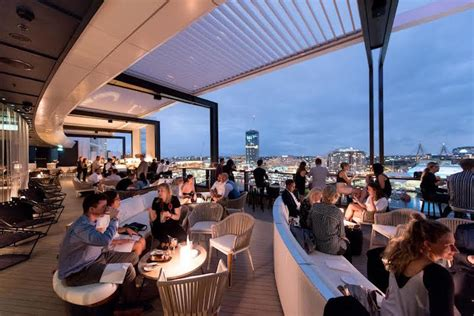 Sydney Top Bars by 36 Sydney Rooftop Bars Eat Drink Play