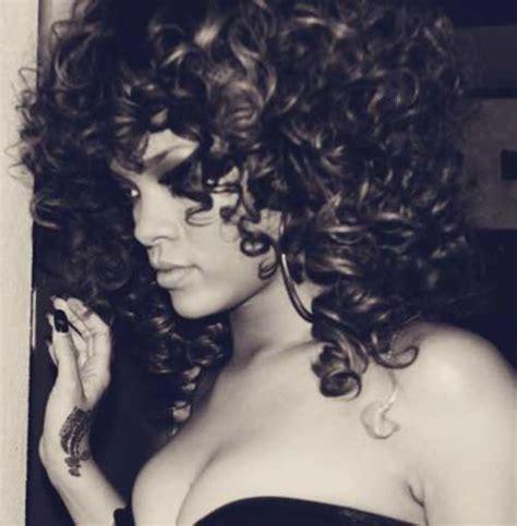 curly hairstyles rihanna 15 rihanna long curly hair hairstyles haircuts 2016