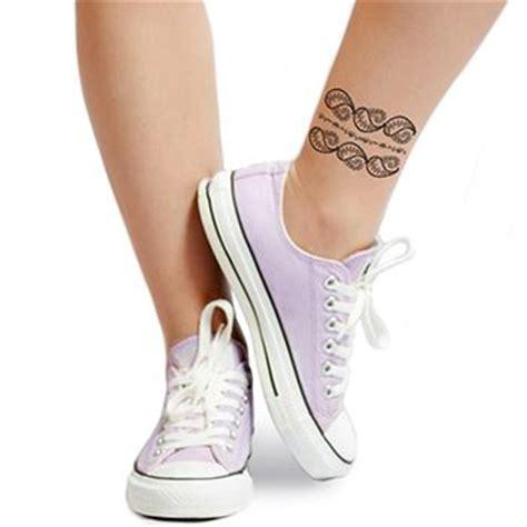 schwarzes henna tattoo abmachen schwarze henna bl 228 tter tattooforaweek klebetattoo gr 246 223 te