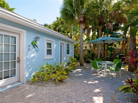 Cottages Clearwater by The Cottage 32 Steps To The Sleeps 2 Vrbo