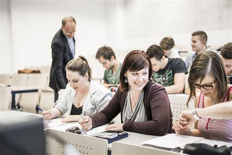 Bewerbungsfrist Studium Studieren Ohne Matura Bewerbungsende An Der Fh Joanneum