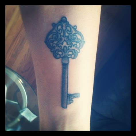 skeleton key tattoo meaning i really want a skeleton key it has meaning to it