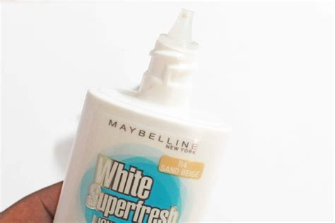Maybelline White Superfresh Liquid Powder maybelline white superfresh liquid powder sand beige review