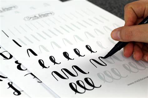 Moderne Kalligraphie Vorlagen Handlettering Brush Lettering Anleitung F 252 R Anf 228 Nger Kostenlose 220 Bungsbl 228 Tter