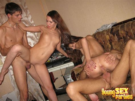 Young Sex Parties Bi Girls Fuck With Guys Photo Album By Young Libertines Xvideos Com