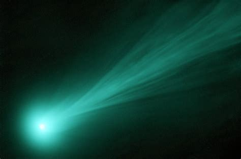by agis f 2013 11 28t1705340000 comet ison now wordlesstech