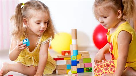apple tree preschool bsd ini dia manfaat kerajinan tangan bagi perkembangan anak