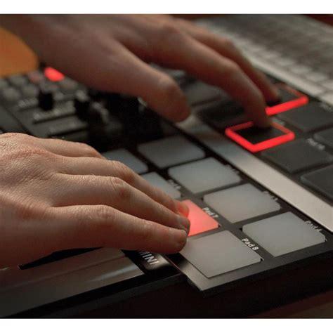 Keyboard Spc Usb subzero spc mini key and pad midi controller at gear4music