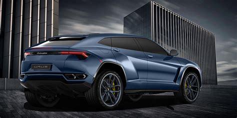 The 2018 Lamborghini Urus production version rendered
