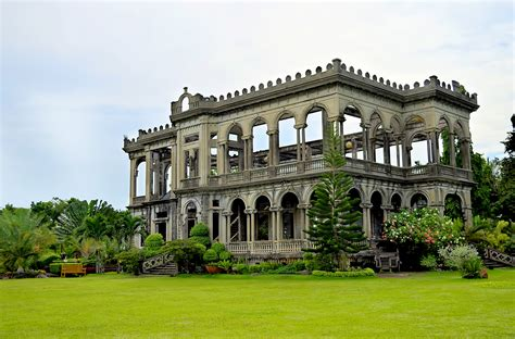 Plantation Style Homes by File The Ruins Of Lacson Mansion Jpg Wikimedia Commons