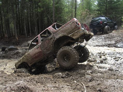 monster truck mud bogging videos off road trucks mud www pixshark com images galleries