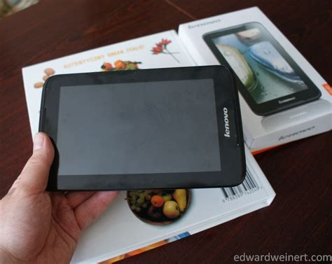 Tablet Lenovo Ideatab A1000 tani tablet lenovo ideatab a1000 na testach edward weinert