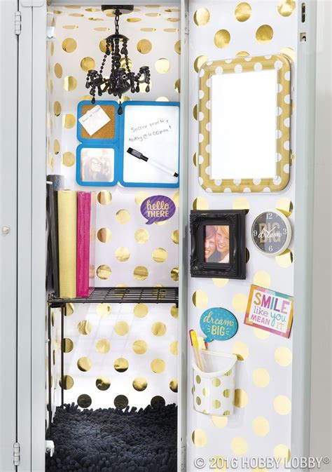 Ideas For Locker Decorations by 25 Best Ideas About Locker Decorations On