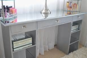 modern bohemian lifestyle diy mirrored vanity