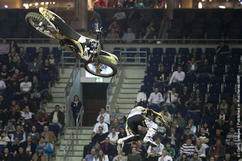 freestyle motocross crashes of the jumps motocross acrobatics