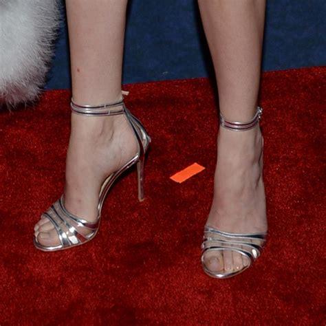 imagenes de unas delos pies bonitas dakota johnson de las famosas con los pies bonitos pies