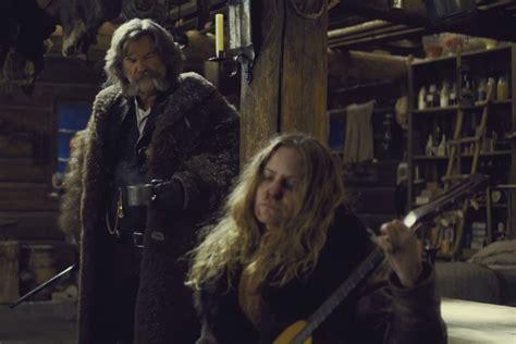 jennifer jason leigh hateful 8 guitar kurt russell smashed an actual 19th century antique guitar