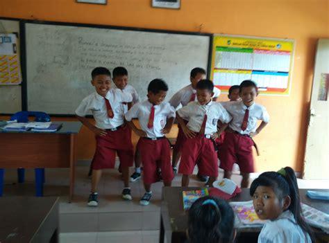 Buku Sukses Meraih Beasiswa Impian Suherman pengalaman menyenangkan dari menjadi seorang guru guraruguraru