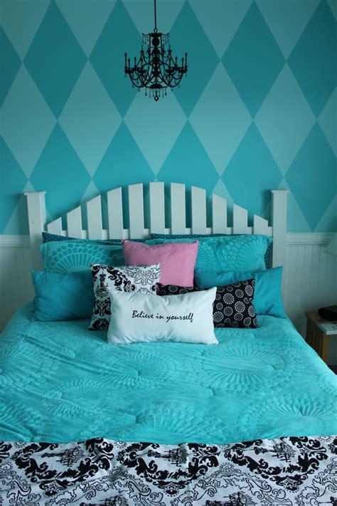 teenage bedroom chandeliers pin by rachel mcquillan on beautiful home pinterest