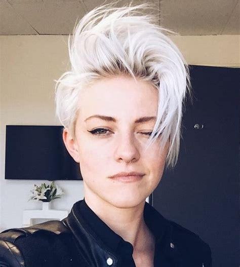 short platinum blonde hairstyles women best 25 short platinum hair ideas on pinterest platinum