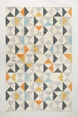 Rugs With Geometric Patterns by 25 Best Ideas About Geometric Rug On Green
