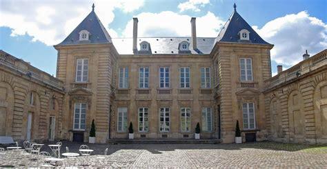 Musee Des Arts Decoratif by Mus 233 E Des Arts D 233 Coratifs Et Du Design De Bordeaux Wikiwand