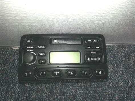 2000 2001 2002 2003 2004 ford focus dash air vents gray 00 find 2000 2001 2002 2003 2004 ford focus am fm radio tape