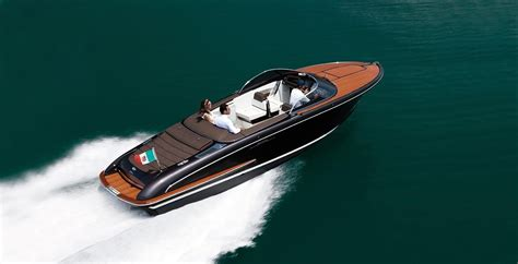 yacht gif 2013 riva iseo power boat for sale www yachtworld
