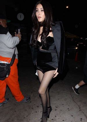 madison beer late late show madison beer all black arrives at her listening party at