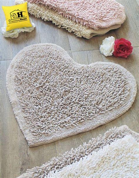 tappeti shabby tappeto bagno a forma di cuore shabby style in colore
