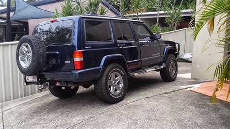 gold jeep 2000 jeep cherokee car sales qld gold coast