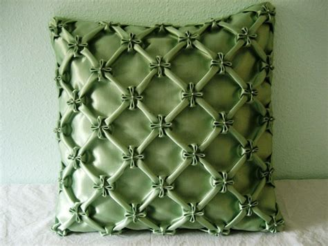grid pattern for matrix design of canadian smocking canadian smocking smocked pillows pinterest