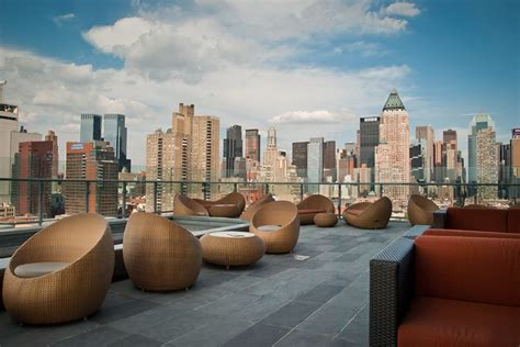 roof top bars new york city best rooftop bars in nyc new york city nearsay