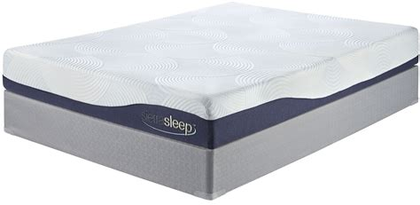 Gel Memory Foam Mattress King by 9 Inch Gel Memory Foam White Cal King Mattress From M97251 Coleman Furniture